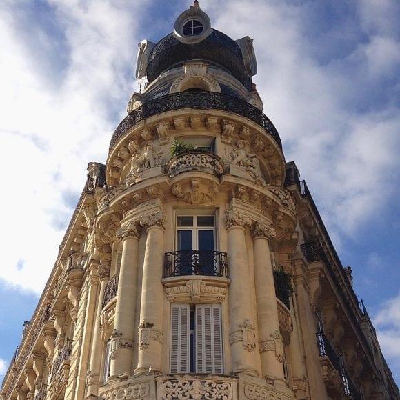 place de la Comédie - architecture building Homestay AEF
