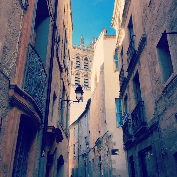 Street in the old centre of Montpellier - AEF homestay in Montpellier